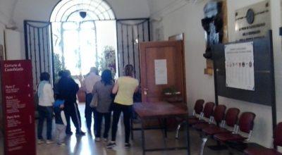CASTELFIDARDOatrio-Palazzo-Comunale-ufficio-elettorale